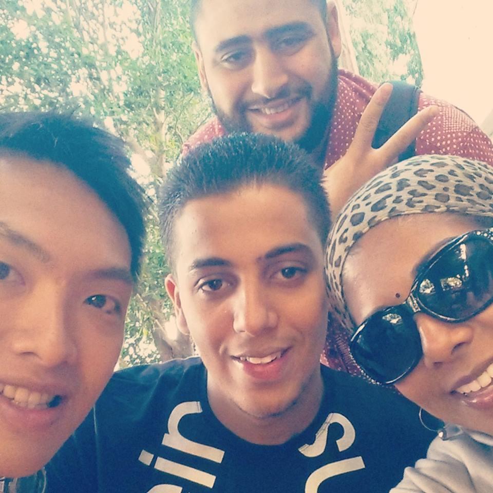 Abdul (back) pictured with Yank, Mohamed Abogila & Teacher Sheetal
