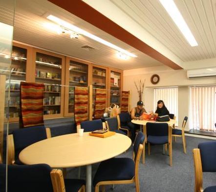 EC Cape Town Library