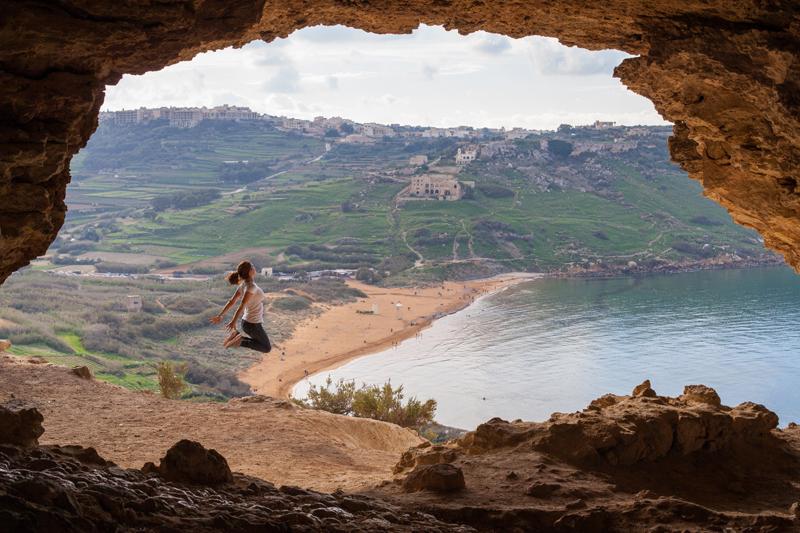 Adult English Courses - EC Malta 30+ - EC English Language s on